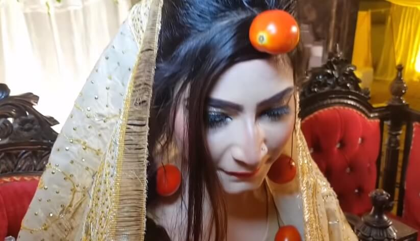 Bride in Pakistan Wore Tomato Jewellery on Her Wedding Day